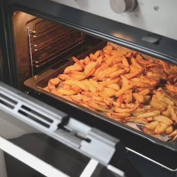 Zelfgemaakte frietjes uit de oven