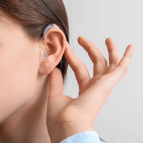 Gehoorapparaten kunnen een oorsmeerpropje veroorzaken