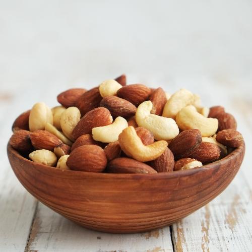 Pistache noten nog in de schil