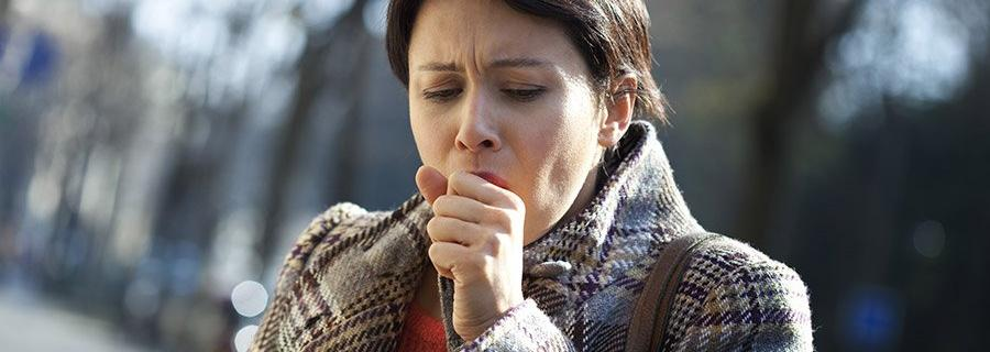 Kriebelhoest oorzaken en behandeling