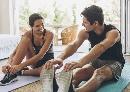 Nederlanders bewegen voldoende, thuis sporten